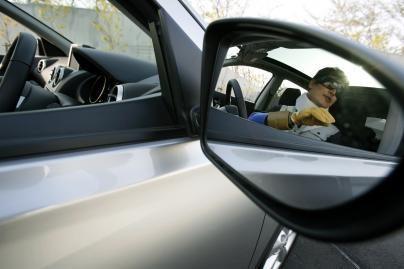 Tik pusė estų išlaiko vairavimo egzaminą