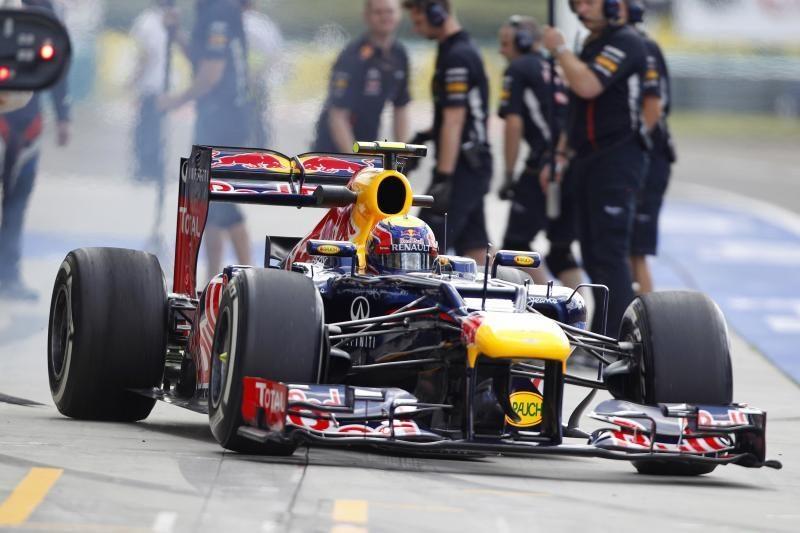 """Formulės 1"" čempionato tryliktojo etapo lenktynes laimėjo britas"