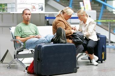 2009 m. vežta šeštadaliu mažiau keleivių