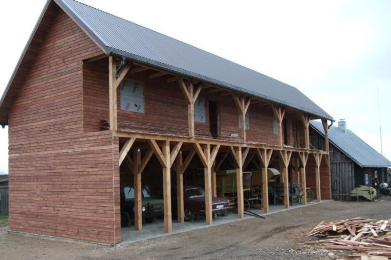 Senovinė technika įsikūrė po nauju stogu