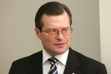 Žinia apie apvogtą lietuvių delegaciją nustebino R.Šukį