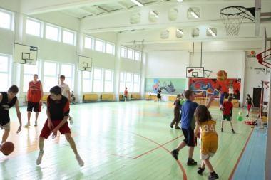 Bus gerinamos sporto sąlygos mokyklose