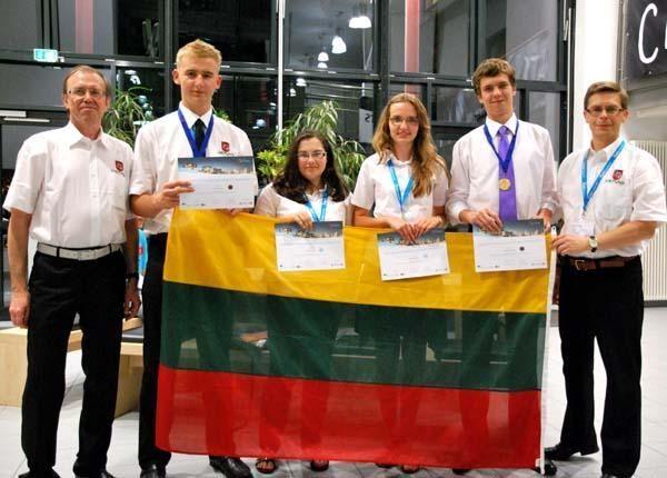 Iš pasaulinės geografijos olimpiados lietuviai parvežė auksą ir bronzą
