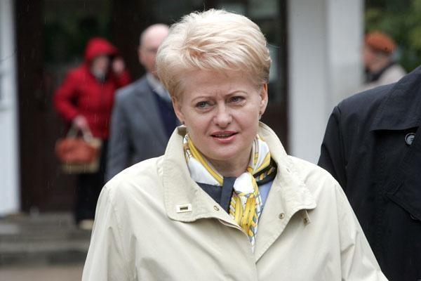 """D.Grybauskaitė vyks į """"Expo 2010"""""""