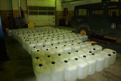 Lazdijų pasieniečiai sulaikė 5 tonas svaigalų