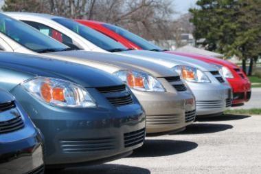 Naujų automobilių pardavimo krachas