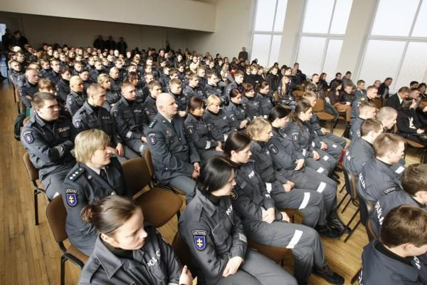 Lietuvos policiją papildys 64 nauji pareigūnai