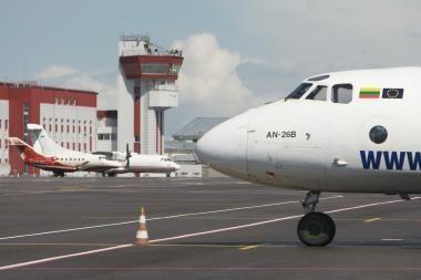 """""""Star1 Airlines"""" neigia ieškanti pirkėjų"""