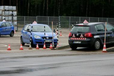 Naujos vairuotojų egzaminavimo sąlygos