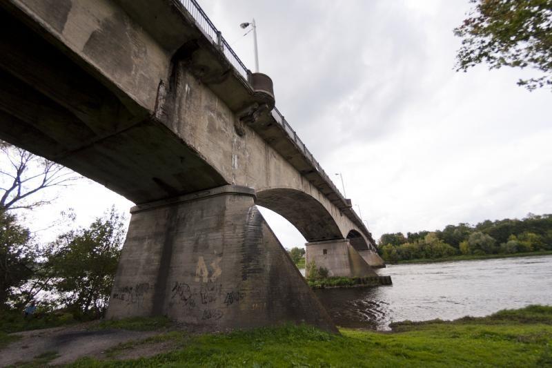 Parlamentarai prašo pinigų Panemunės tilto rekonstrukcijai