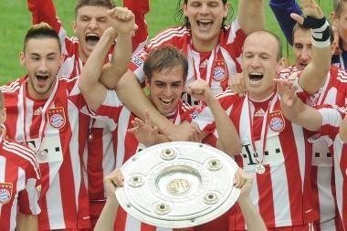 Vokietijos futbolo pirmenybės finišavo