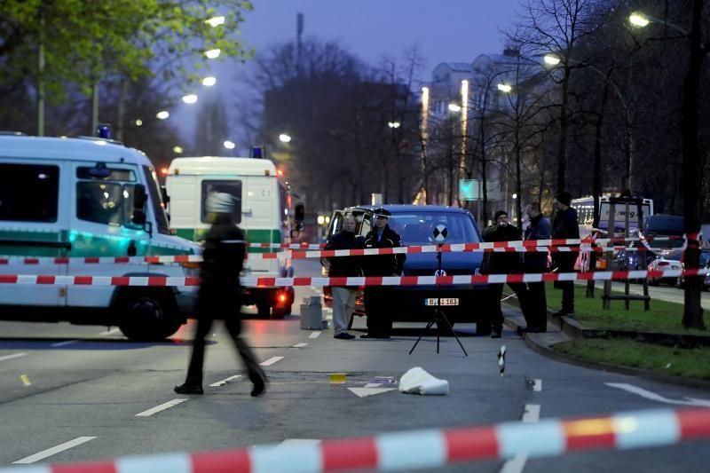 Berlyne per išpuolį prie ligoninės nušautas žmogus
