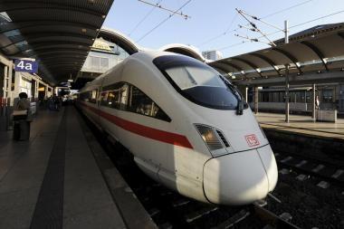 """""""Rail Baltica"""" koordinatoriaus laukia tiesūs klausimai"""