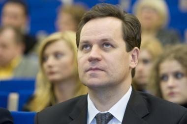 Lenkų politikai sunerimę dėl etikos sargų