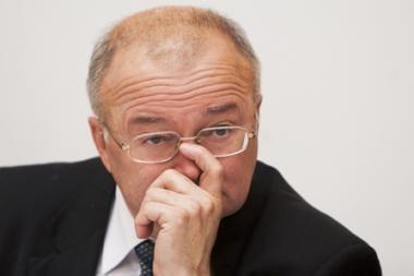 Vyriausiasis administracinis teismas nesustabdė VRK sprendimų dėl lėšų partijoms