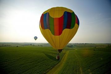 Per 102-ąjį gimtadienį - skrydis oro balionu
