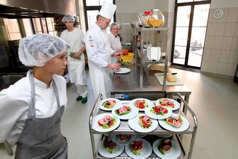 Vilniuje uždarytos 3 kavinės: rasta salmonelių, stafilokokų, e.coli bakterijų