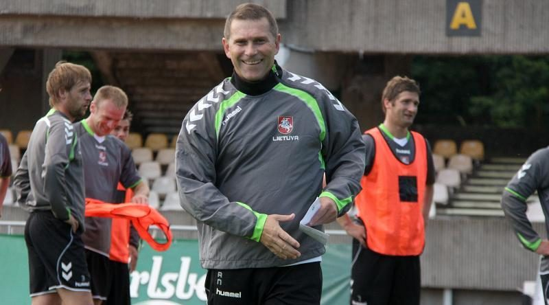 U-21 futbolo rinktinei vadovaus A. Narbekovas (komentaras)