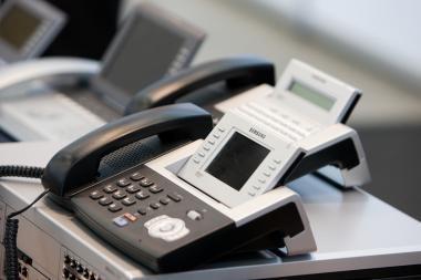 Seimo kanceliarija rezervų taupyti rado tik mažindama prenumeratą ir telefono išlaidas