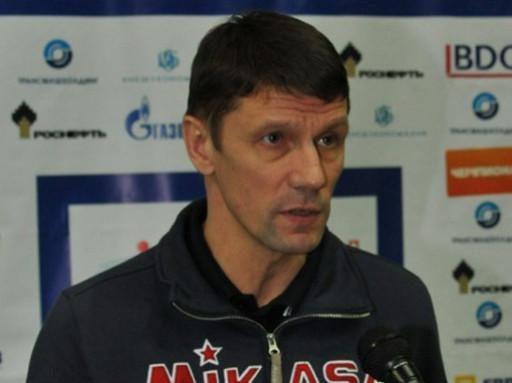 Mirė Rusijos moterų tinklinio rinktinės treneris S.Ovčinikovas