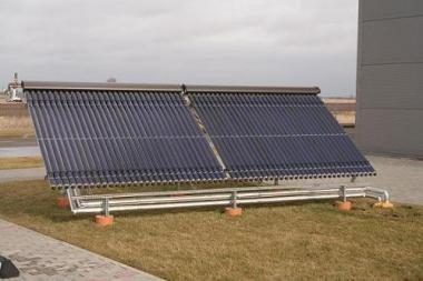 Saulės, vėjo ir žemės energija - šildymo alternatyva