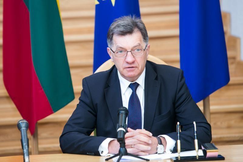 A. Butkevičius prašo siūlymų dėl grynųjų pinigų apyvartos mažinimo