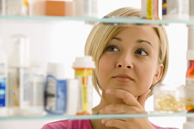 Nereceptiniai vaistai prekybos centruose ir degalinėse – nuo 2015 m.?