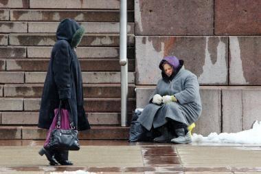 Klaipėdoje daugėja skurstančių žmonių