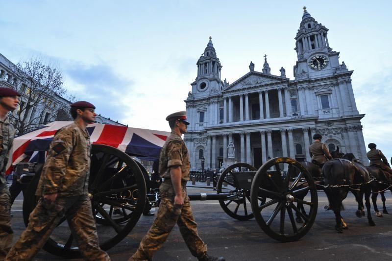 Londone paryčiais surengta Margaret Thatcher laidotuvių repeticija