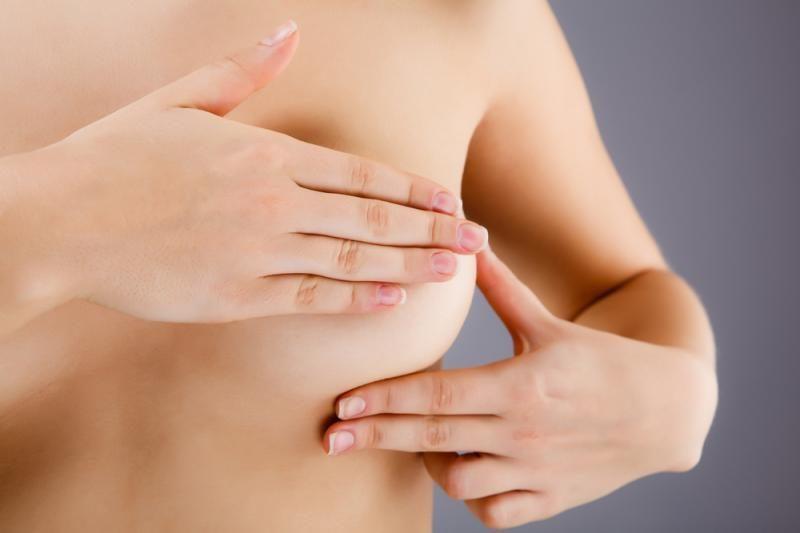 Prancūzijoje prasidėjo teismo procesas dėl nekokybiškų krūtų implantų
