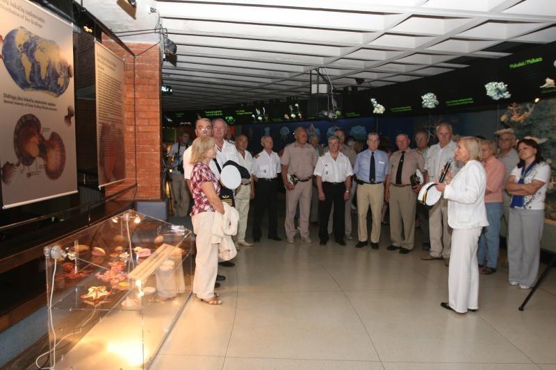 Jūrų muziejuje tradicinius eksponatų saugotojus keičia edukatoriai