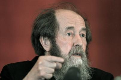 Mirė rusų rašytojas Aleksandras Solženycinas