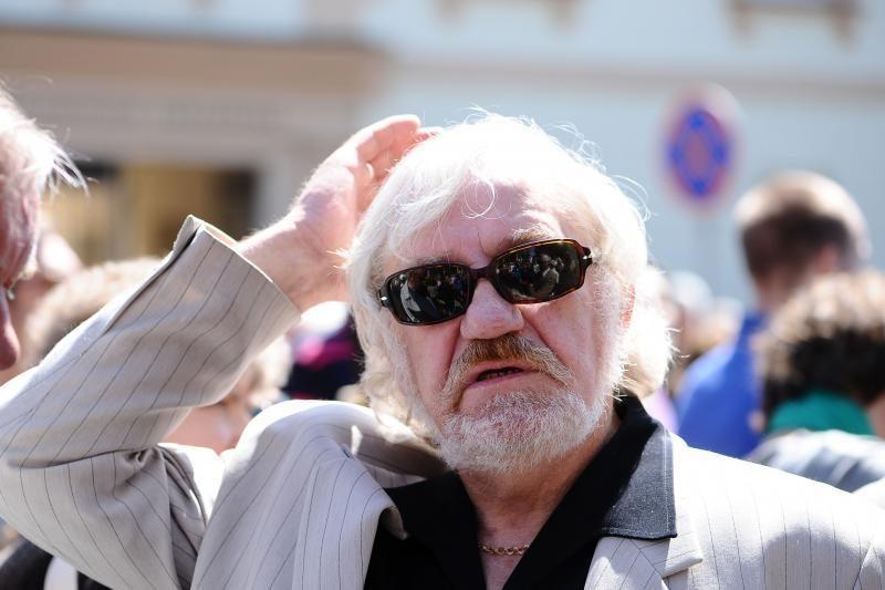 VRK pakartotiniams rinkimams pirmą žada užregistruoti V. Šustauską