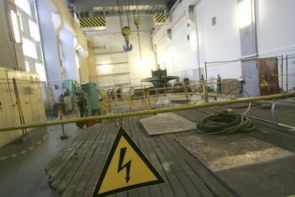Didžioji dalis Lietuvos elektrinės remontininkų išėjo iš darbo