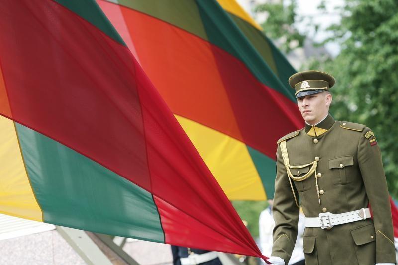 J.Brzezinski: Lietuva turi pagrindo nerimauti dėl Rusijos