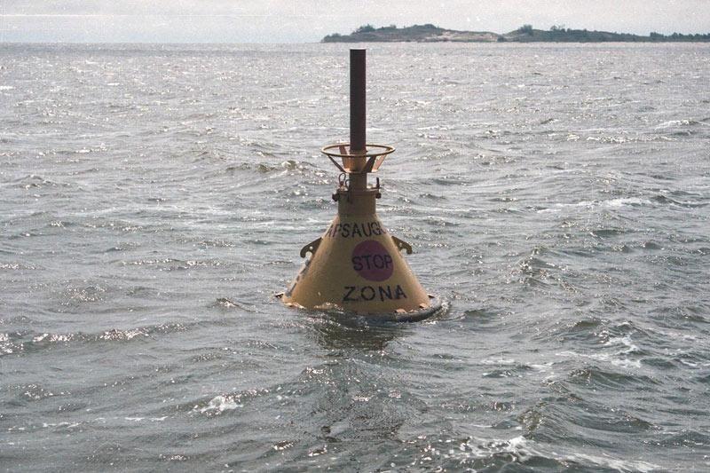 Kuršių mariose plūdurais nužymėta valstybės sienos apsaugos zona