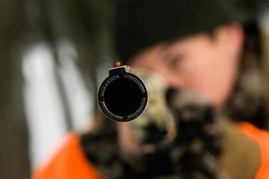Šeimyninė drama: vyras nušovė sugyventinę ir nusišovė