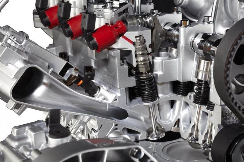 """""""Fiat"""" šiemet uždarys penkias sunkvežimių """"Iveco"""" gamyklas"""