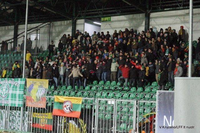 Lietuvos futbolo rinktinės gerbėjų nuotykiai Žilinoje