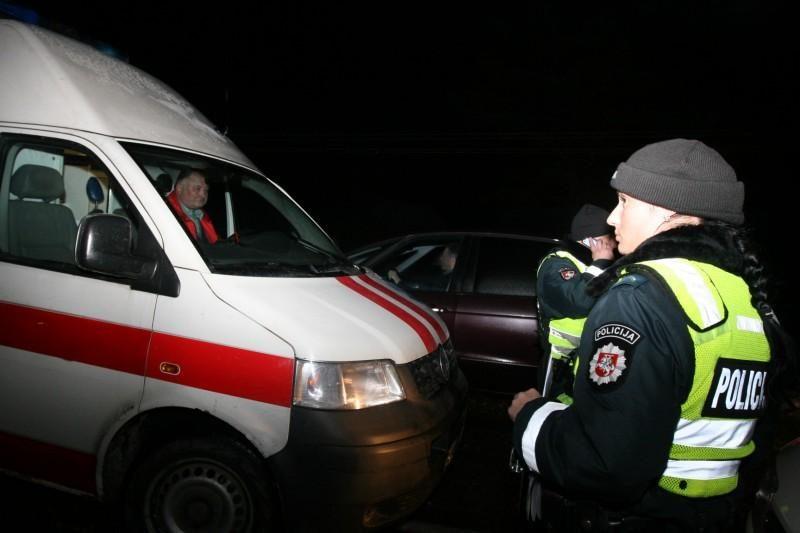 Čedasuose automobilis užmušė du dviratininkus