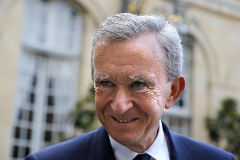 Turtingu idiotu laikraščio išvadintas B.Arnaultas kreipėsi į teismą