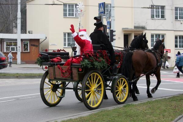 Kalėdų prekyba kol kas nedžiugina vežėjų