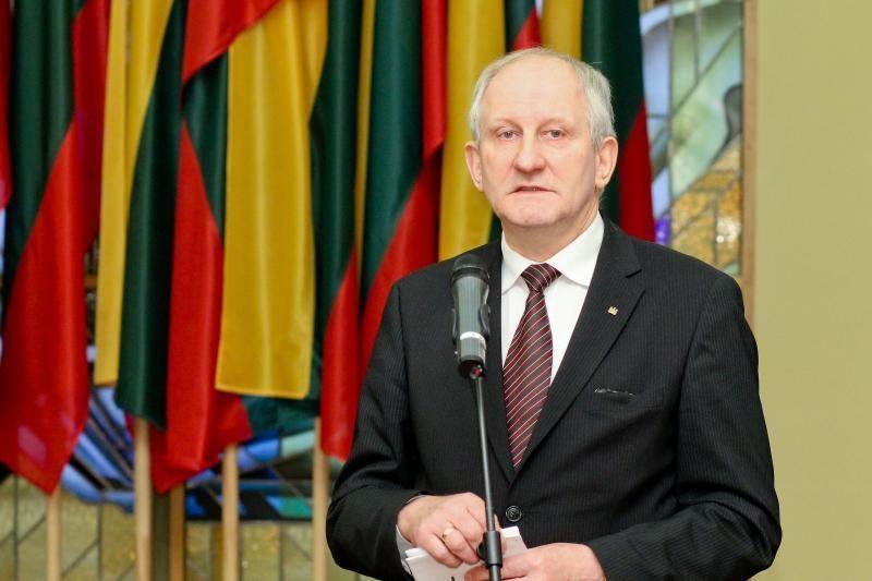 Dėl aplaidžios buhalterijos bus teisiamas Seimo kancleris J. Milerius