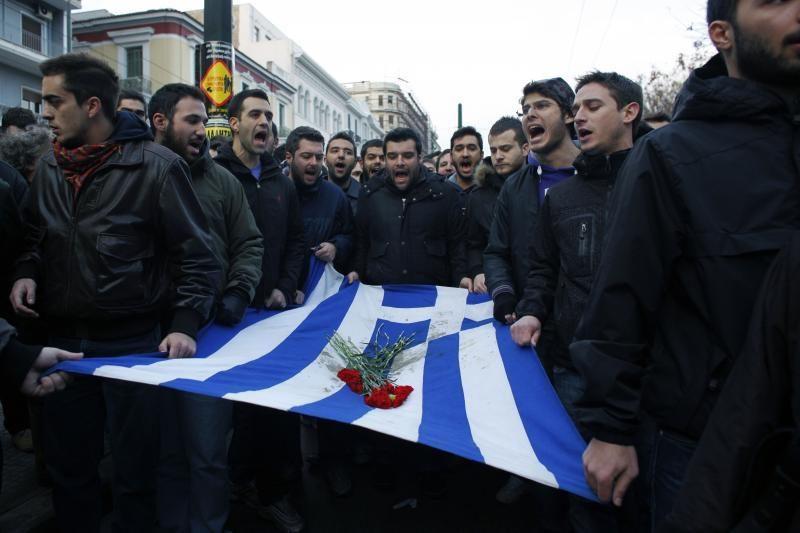 Ekspertai perspėja dėl Graikijai gresiančio  chaoso