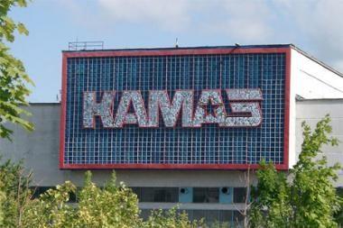 """""""Daimler"""" planuose – dar 15 procentų """"КаmAZ"""" akcijų"""