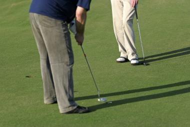 Nuniokojo golfo aikštyną