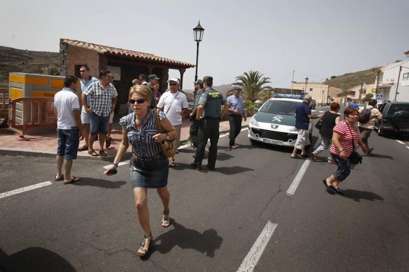 Kanarų salose ir šiaurės Ispanijoje dėl miškų gaisrų evakuojami žmonės