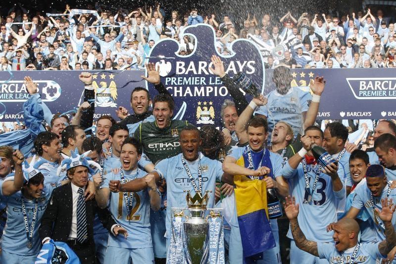 """""""Manchester City"""" po 44 metų pertraukos triumfavo Anglijoje"""