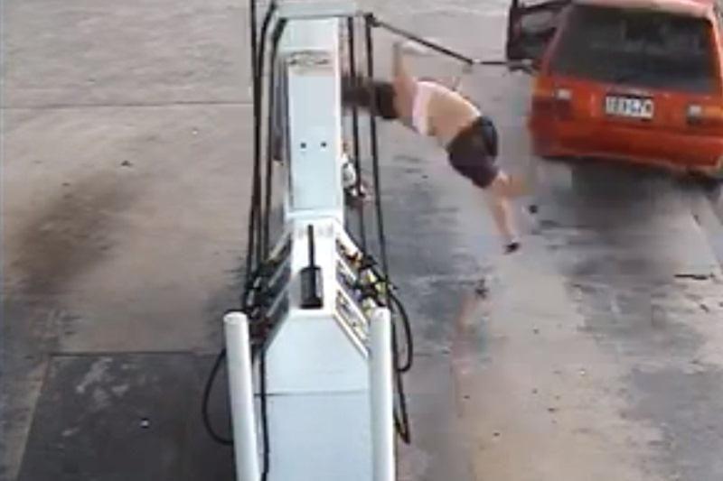 Siaubinga degalų vagių nesėkmė (vairuotojas neatlaikė įtampos)