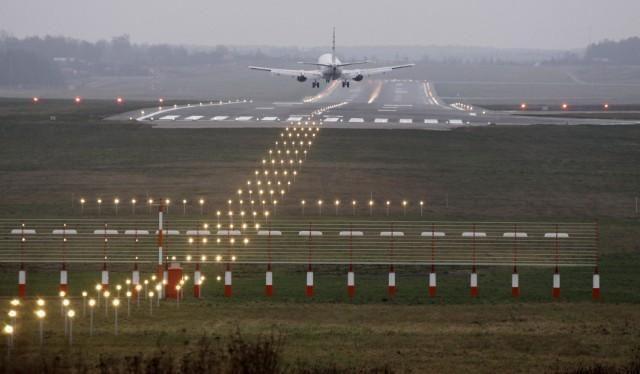Vilniaus oro uoste lėktuvai kils ir tako rekonstrukcijos metu